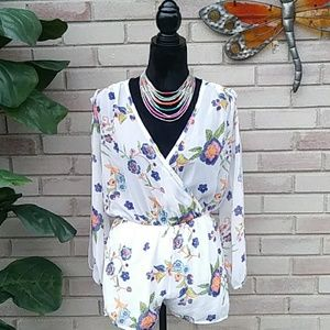 Sexy Open Sleeve Floral Romper